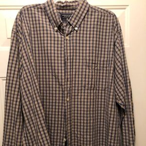 AE Outfitters cotton plaid button down shirt